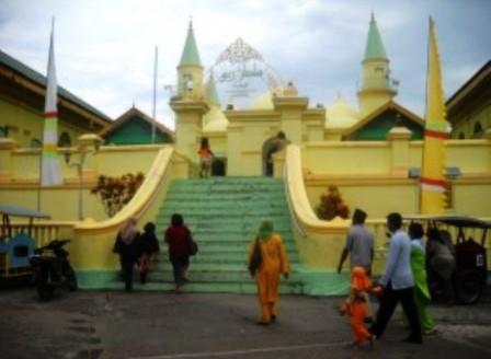 Masyarakat Melayu Laksanakan Tradisi Kenduri Arwah Jelang Ramadhan