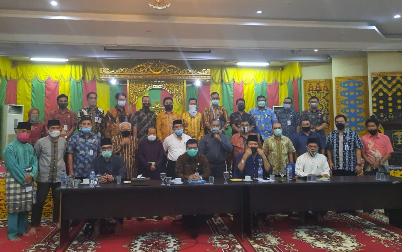 Kadis LHK Riau Beserta  Jajaran Silaturahmi ke LAM Riau