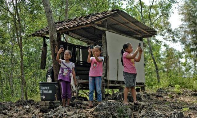 Gubernur: 168 Desa di Riau Belum Memiliki Akses Internet, Siswa Tak Bisa Belajar Lewat Daring