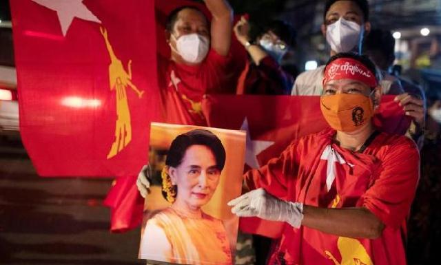 Militer Myanmar Kuasai Ibu Kota, Aung San Suu Kyi Ditangkap