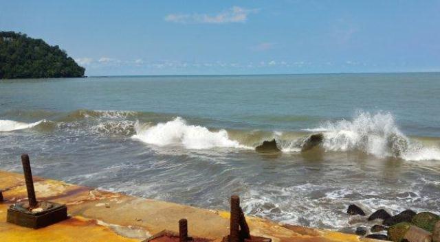 BMKG! Perairan Sumbar Hari Ini, Pukul 07.00 - 19.00 WIB Gelombang Tinggi