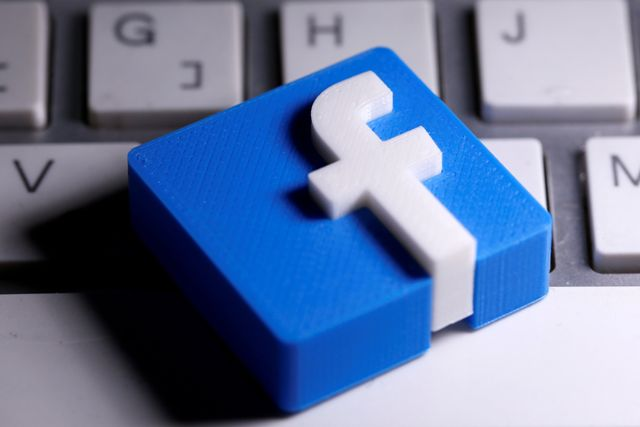 Pro-Trump Berbasis di Rumania Jaringannya Dihapus Facebook