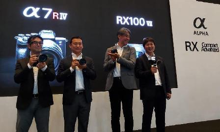 Sony Merilis Alpha 7R IV dan RX100 VII, Ini Harga dan Speknya