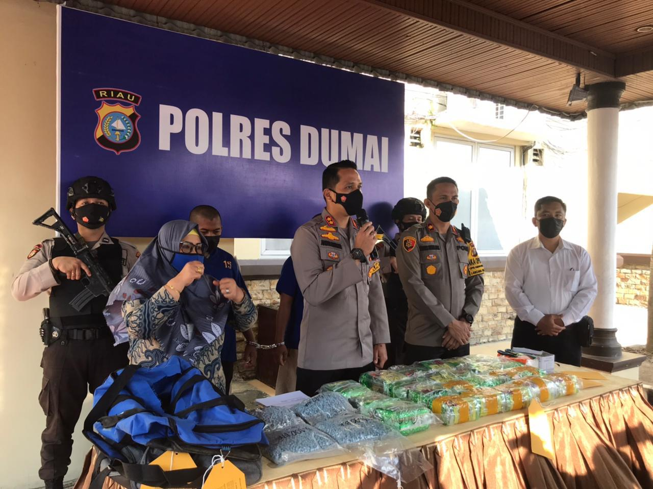 Polres Dumai Bekuk Dua Kurir Bersama  23 Kg Shabu dan 19.937 Butir Ekstasi Libatkan Napi Rutan Sumut