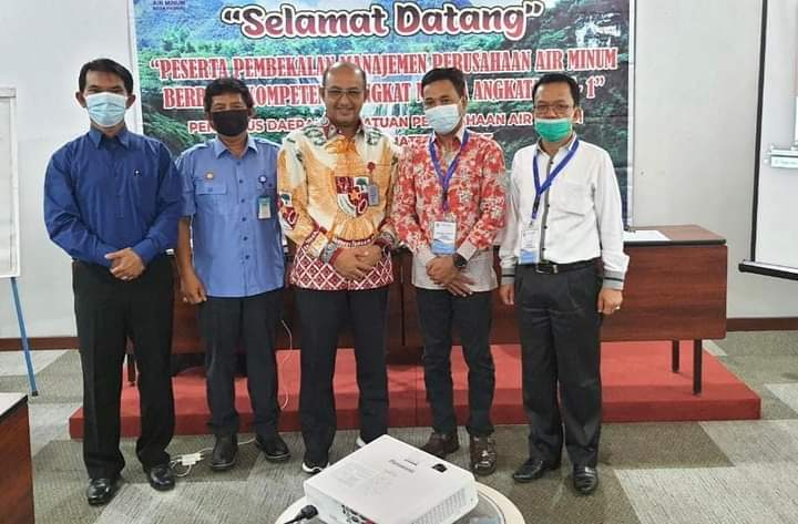 Ketua PD Perpamsi Sumbar Buka Diklat Pembekalan Manajemen Perusahaan Air Minum Tahun 2021