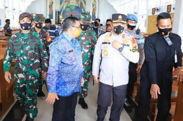 Kapolda Riau: Personel Gabungan Ditempatkan di Seluruh Gereja, Misa Secara Virtual