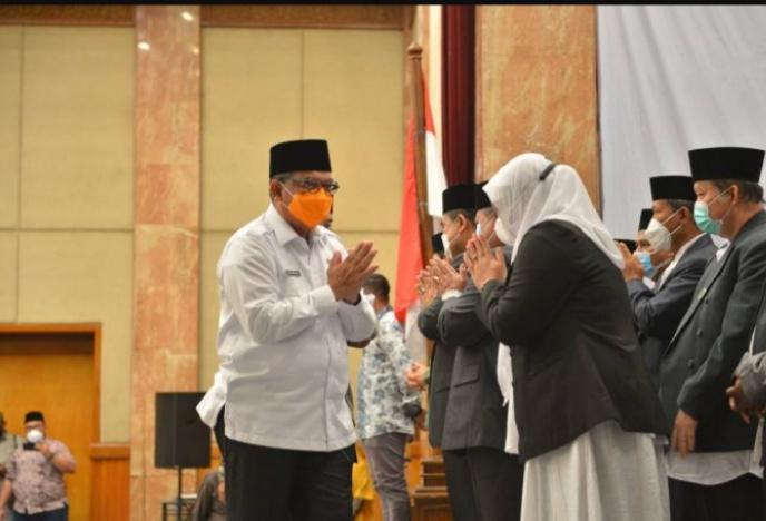 MUI Riau Periode 2020-2025 Dikukuhkan, Wagubri: Perkuat Syiar Agama di Tengah Masyarakat