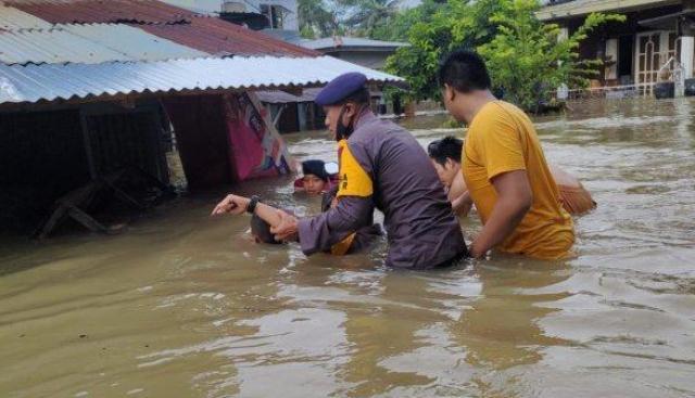 Sungai Bangkatan dan Mencirim Meluap, 2 Kecamatan di Binjai Terendam Banjir