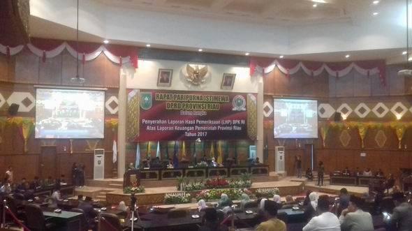 DPRD Riau Gelar Rapat Paripurna Penyerahan LHP BPK RI