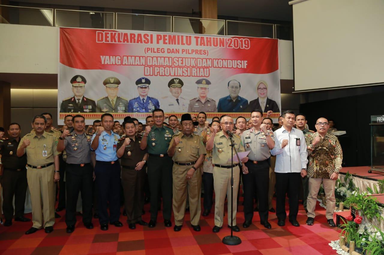 Polda Riau Bersama Forkopimda Gelar Deklarasi Pemilu Aman Damai Sejuk dan Kondusif