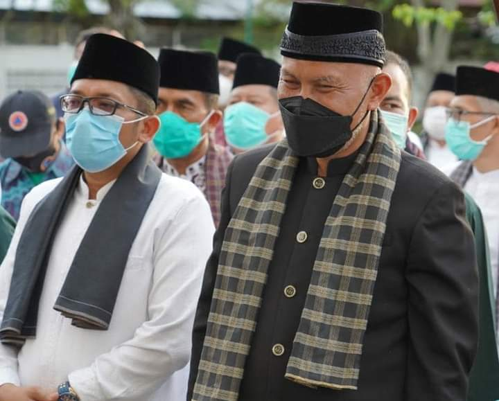 Gubernur Mahyeldi Tunjuk Wawako Hendri Septa Jadi Plt Wali Kota Padang