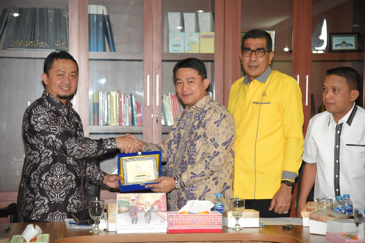 DPRD Provinsi Riau dan DPRD Kota Dumai Kunker ke Komisi V DPR RI