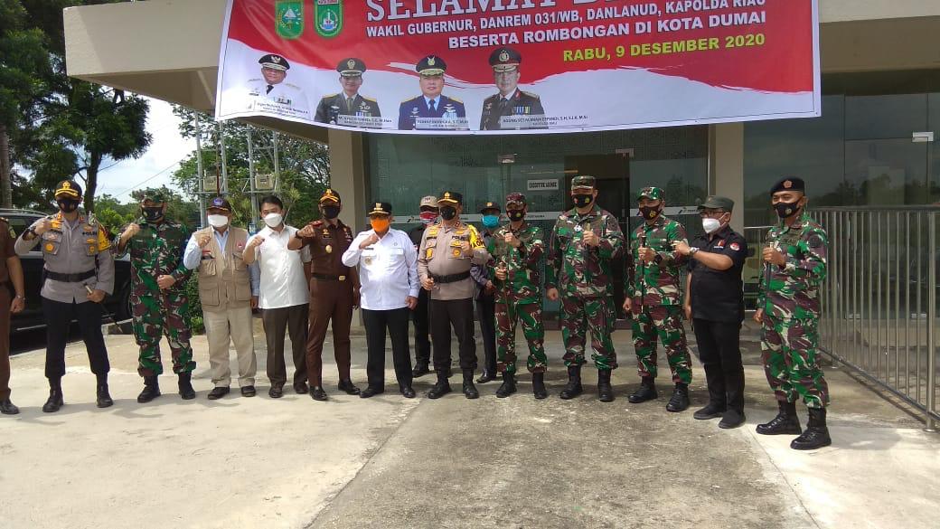 Pastikan Aman Pilkada 2020, Kapolda Riau dan Forkopimda Tinjau TPS di Rohul dan Dumai