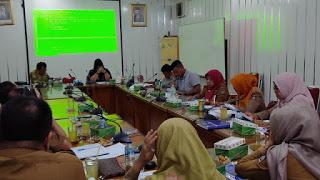 Elly Thrisyanti Gelar Rapat Kerja Disdukcapil Kota Padang