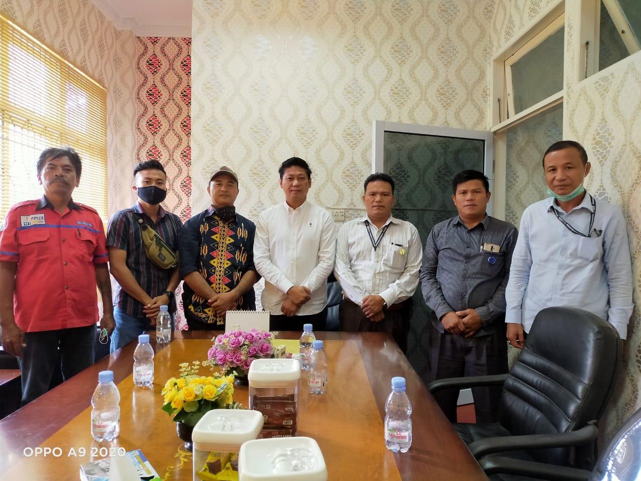 Pengurus PPWI Pelalawan Silaturahmi Dengan Wakil Ketua DPRD, Syafrizal SE: Media adalah Mitra Kita