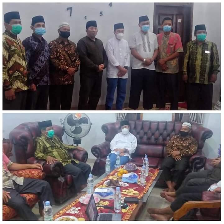 Gubernur Riau H Syamsuar Silaturrahim ke Kediaman Sesepuh LDII Sekaligus Tokoh Agama Siak