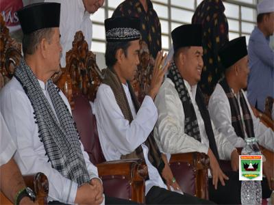 Ustaz Abdul Somad Penuhi Undangan Tabligh Akbar Pemkab Dharmasraya
