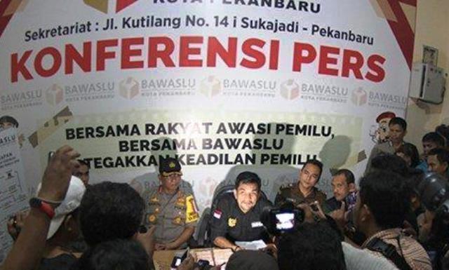 Penangkapan Caleg DPR RI Dapil Riau Diduga Lakukan Serangan Fajar, Ini Kronologinya