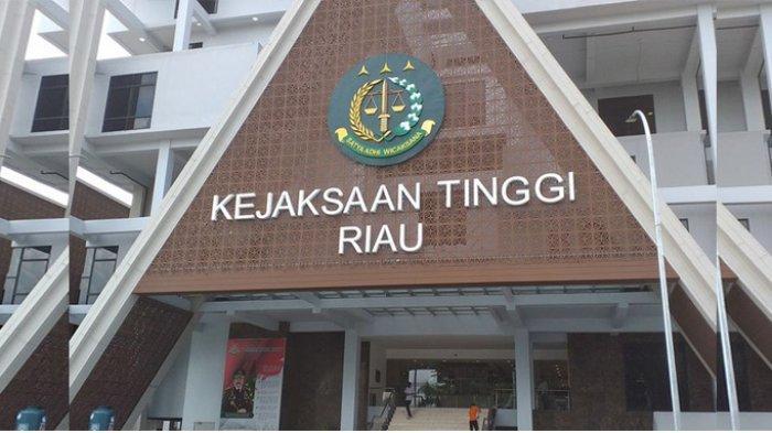 Kejati Periksa Asisten II Setdakab Siak Terkait Dugaan Korupsi Bansos