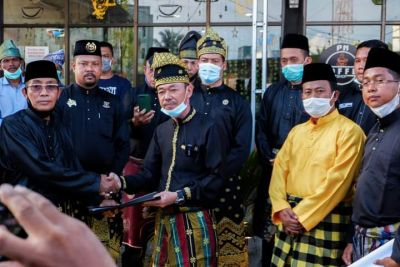 Disaksikan Bupati Terpilih, Masyarakat Adat Melayu Rohil Tuntut  9 Warkah Pengelolaan Blok Rokan