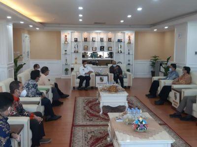 Wali Kota Pekanbaru dan BI Bahas ETPD dan Ekonomi Berbasis Syariah